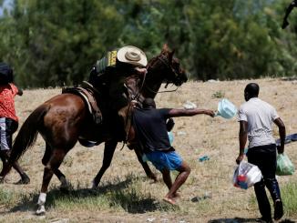Haiti Border refugees
